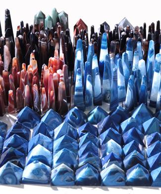 #49 - Pirâmides e obeliscos de ágata